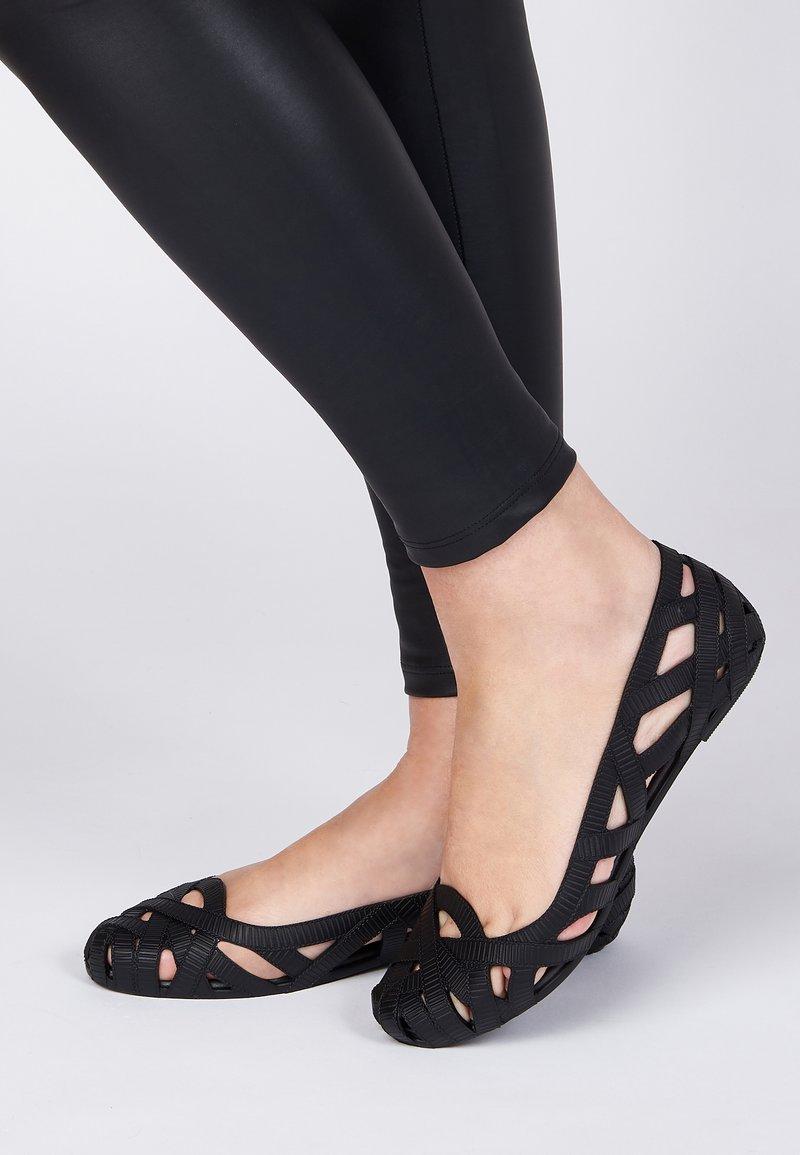 Melissa - Ballet pumps - black/grey