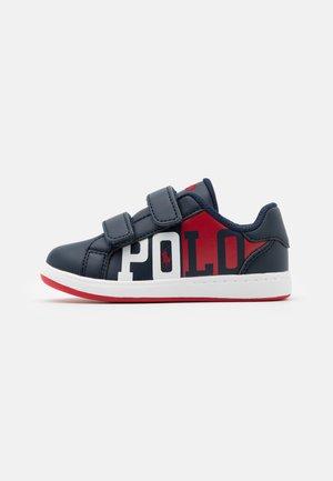 OAKLYNN  - Sneaker low - navy/red/white