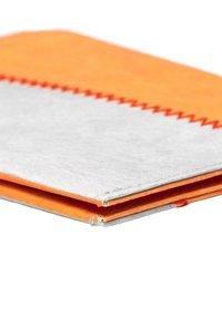 Paprcuts - SUNSET LOVER - Portemonnee - grau orange - 5