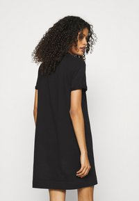 Calvin Klein Jeans - ARCHIVES DYE DRESS - Vestido ligero - black - 2