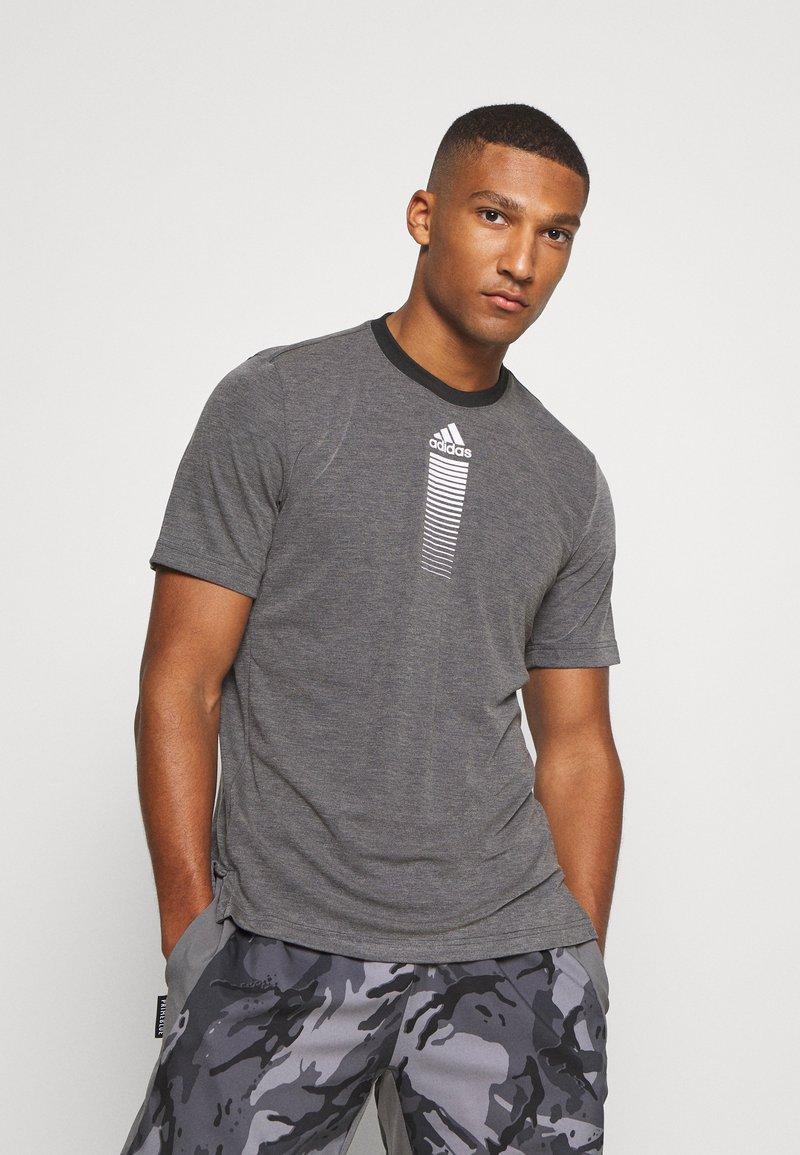 adidas Performance - AEROREADY TRAINING SPORTS SHORT SLEEVE TEE - T-shirt print - grey