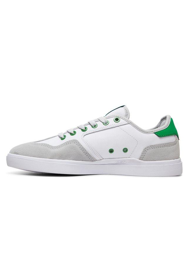 VESTREY  - Trainers - white/grey/green