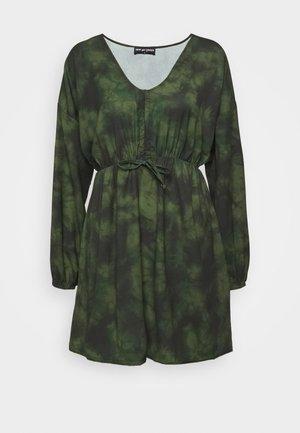 V NECK TIE DYE DRESS - Day dress - multi