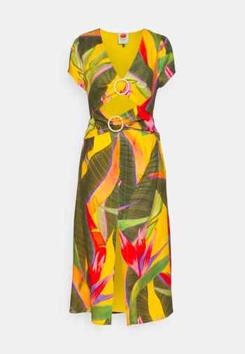 GARDEN MIDI DRESS - Vestito estivo - yellow