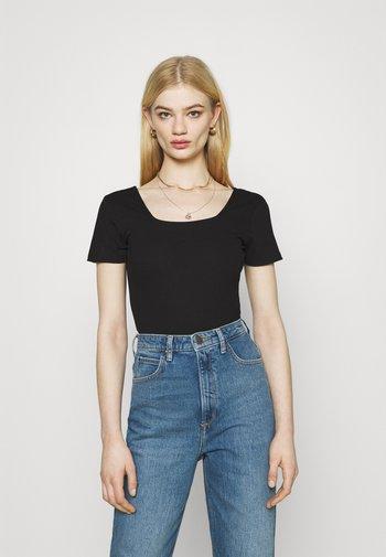 SQUARE NECK 2 PACK - Basic T-shirt - black/red