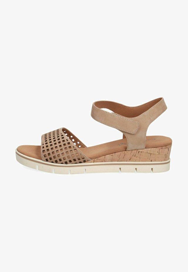 Sandalen met sleehak - taupe nubuc