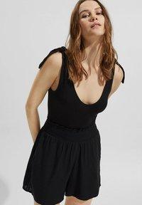 edc by Esprit - FASHION  - Shorts - black - 5