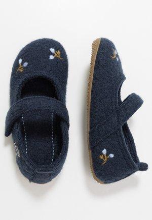 Domácí obuv - nightshadow