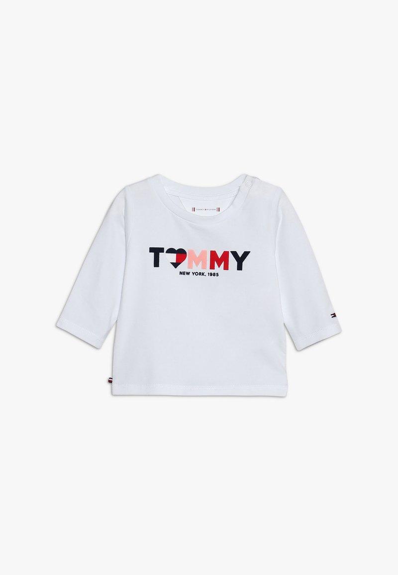 Tommy Hilfiger - BABY GIRL TEE - Langarmshirt - bright white