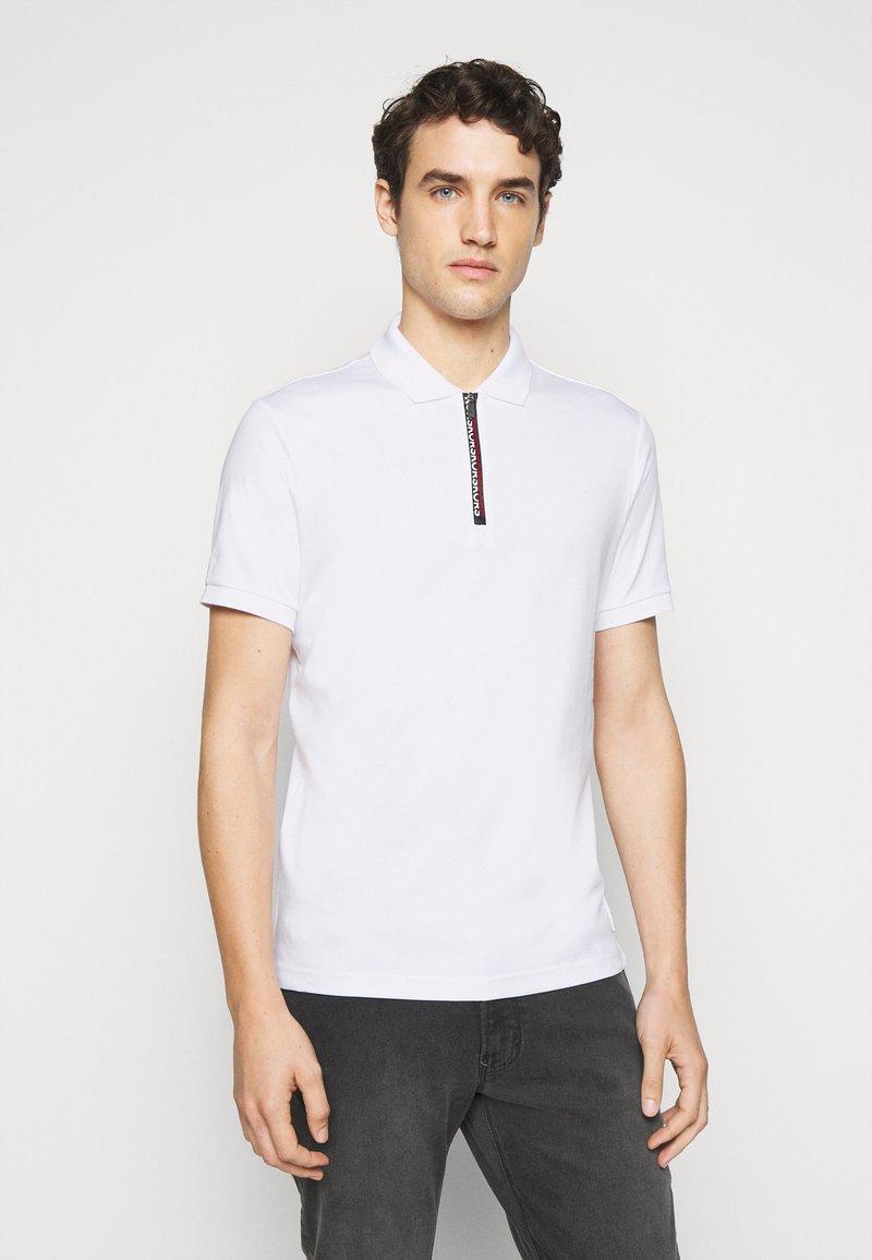 Michael Kors - LOGO ZIP - Polo shirt - white