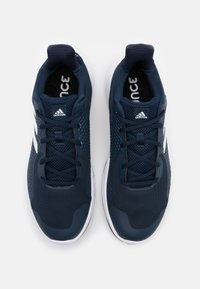 adidas Performance - FITBOUNCE VERSATILITY BOUNCE TRAINING SHOES - Zapatillas de entrenamiento - collegiate navy/footwear white/sky tint - 3