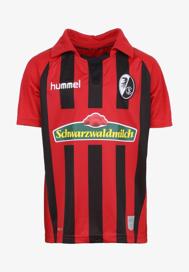 T-shirt de sport - true red / black