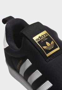 adidas Originals - SUPERSTAR 360 SHOES - Sneakersy niskie - black - 8