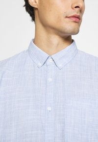 TOM TAILOR DENIM - BUTTON DOWN  - Shirt - blue younder - 5