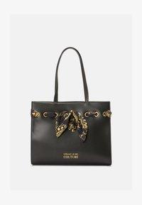 Versace Jeans Couture - PRINTED FOULARD - Torba na zakupy - nero - 4