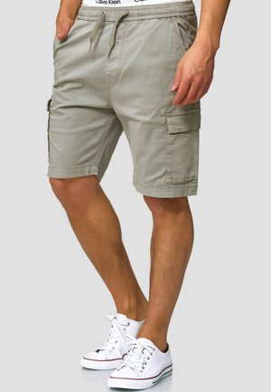 KINNAIRD - Shorts - light grey