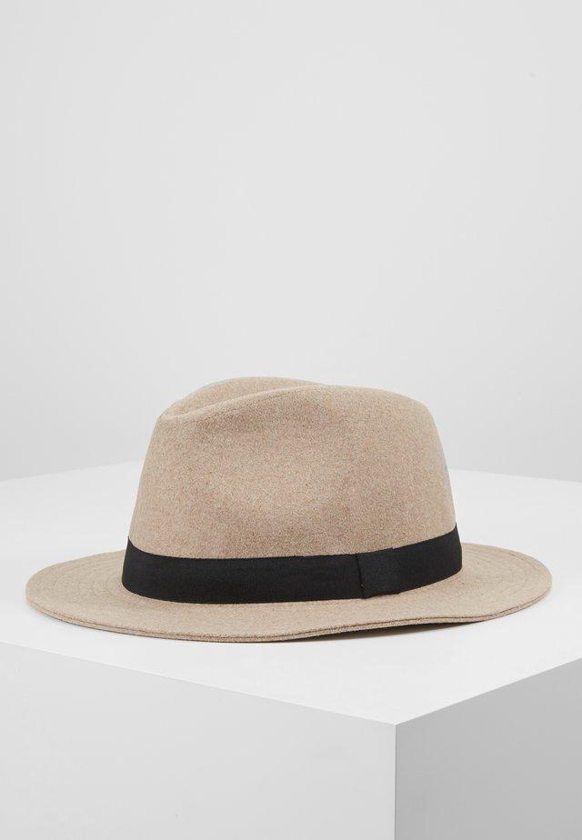ONSCARLO FEDORA HAT - Hatt - chinchilla