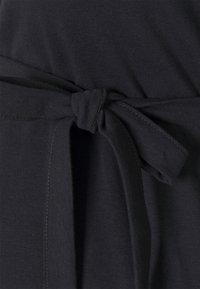 MAMALICIOUS - MLNESSA DRESS - Jerseykjoler - dark navy - 2