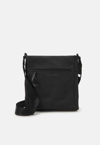 CARRY - Across body bag - black