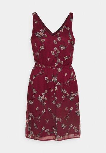 VMWONDA NEW SINGLET SHORT DRESS - Kjole - tibetan red