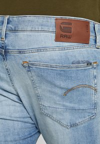G-Star - 3301 SLIM - Slim fit jeans - light indigo aged - 5