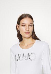 Liu Jo Jeans - LONGSLEEVE - Long sleeved top - white - 4