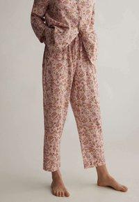 OYSHO - Pyjamahousut/-shortsit - rose - 0