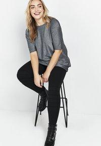 Evans - PONTE STITCH - Leggings - Trousers - black - 0