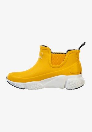 HAUGLAND - Ankle boots - lemon chrome