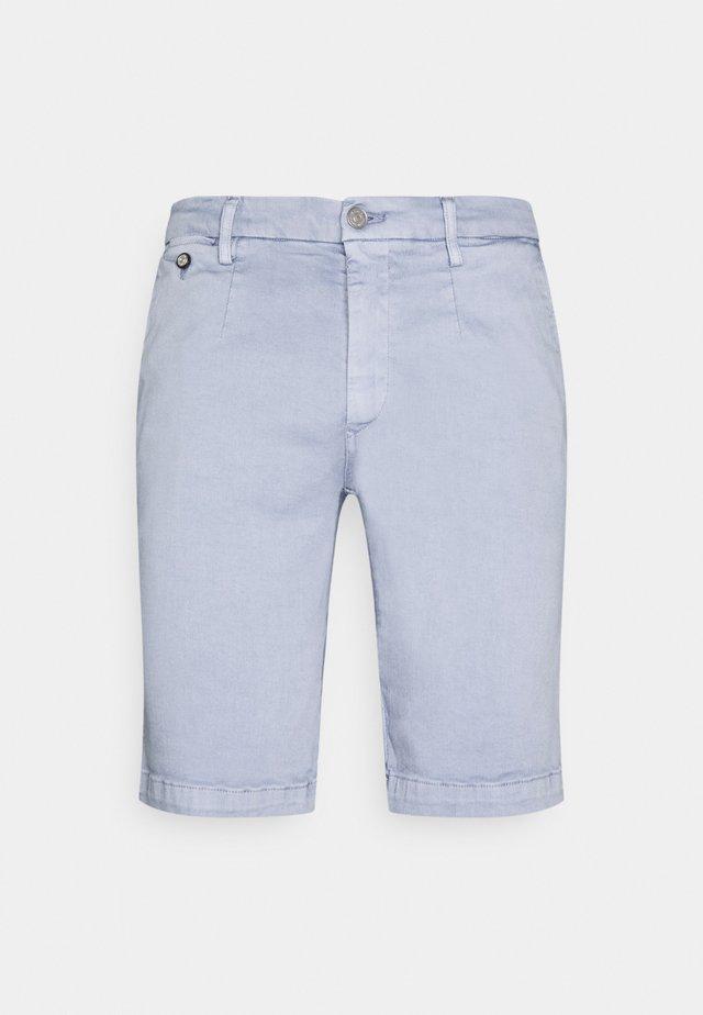 LEHOEN - Shorts - light avio