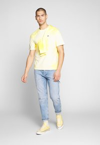 Tommy Jeans - TAPERED CARPENTER - Vaqueros tapered - light-blue denim - 1