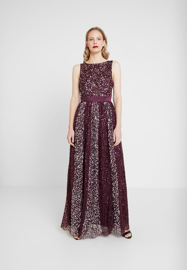 ALL OVER EMBELLISHED MAXI DRESS - Abito da sera - berry