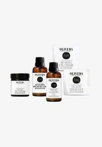 Oliveda - FACIAL CARE TRIAL SET - Set de soins du visage - - - 0