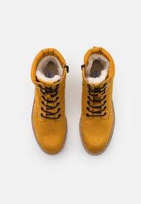 Esprit - SIENA TEX BOOTIE - Snørestøvletter - amber yellow - 5