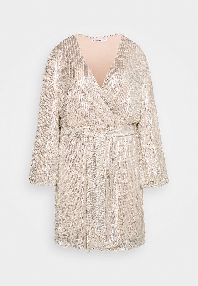 VNECK WRAP DRESS - Cocktailkjole - nude/silver