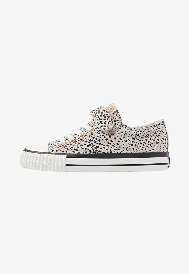 MASTER LO - Sneakers laag - cheetah