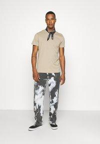 Burton Menswear London - TEE 3 PACK - T-shirt basic - multi - 0