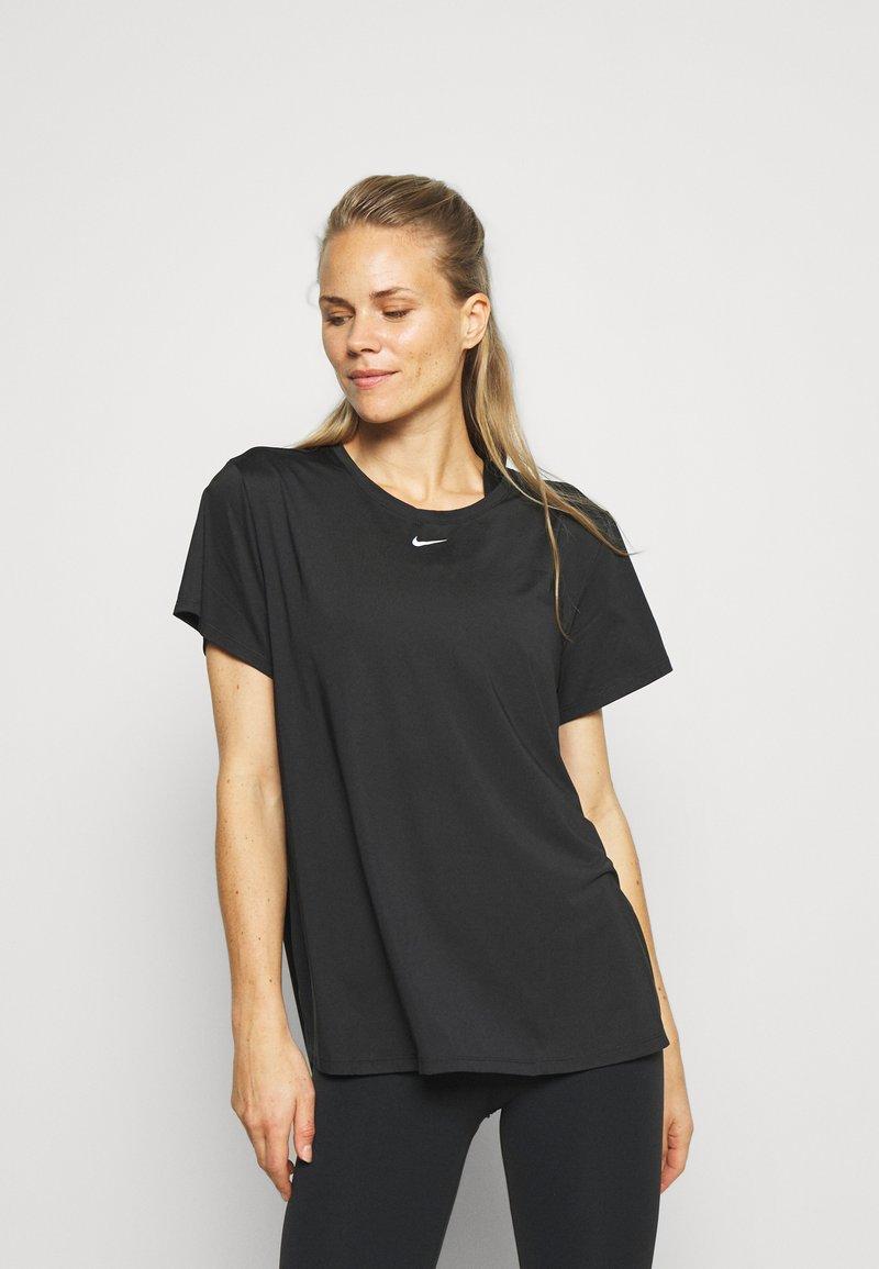 Nike Performance - ONE SLIM - T-Shirt basic - black/white