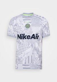 Nike Performance - HOME - Print T-shirt - white/light smoke grey/reflective black - 3