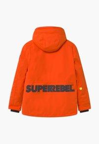 SuperRebel - SUSTAINABLE PLAIN UNISEX - Snowboard jacket - neon orange - 1
