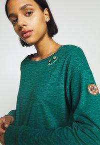 Ragwear - NEREA - T-shirt à manches longues - dark green - 5