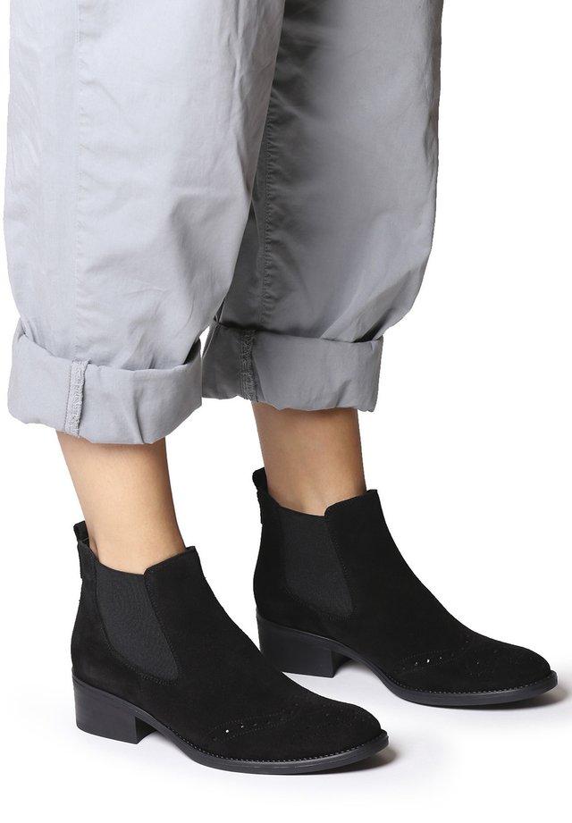 TIVAT-SY - Boots à talons - black