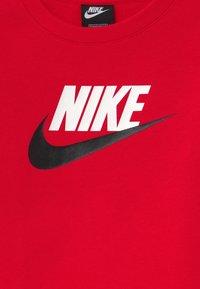 Nike Sportswear - CLUB CREW - Sweater - university red - 2