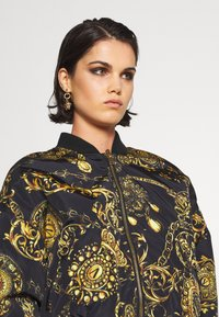 Versace Jeans Couture - OUTERWEAR - Bomber Jacket - black/gold - 5