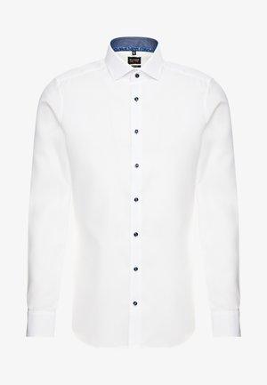 OLYMP LEVEL 5 BODY FIT  - Formální košile - weiss