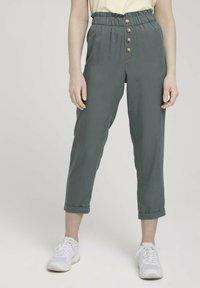 TOM TAILOR DENIM - Trousers - dusty pine green - 0
