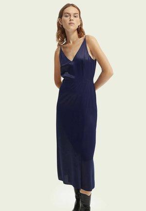 LUSTROUS SLIP - Cocktail dress / Party dress - ink