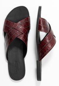 Vagabond - TIA - Mules - dark red - 3