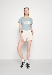 The North Face - EASY TEE - Print T-shirt - tourmaline blue - 1