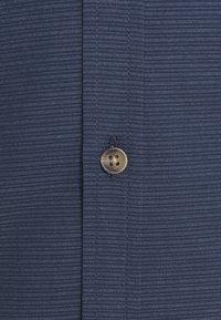 Nerve - LARKIN - Shirt - navy blazer - 2